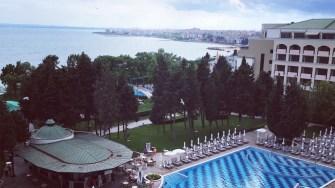 Piscina de la Sol Nessebar Hotel din Bulgaria. FOTO Adrian Boioglu