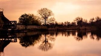 Apus de soare pe Brațului Sfântu Gheorghe al Dunării. FOTO Paul Alexe.