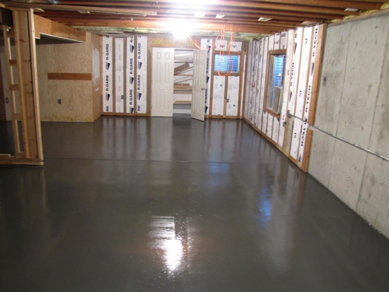 Basement Concrete Floor Paint Color Ideas 23