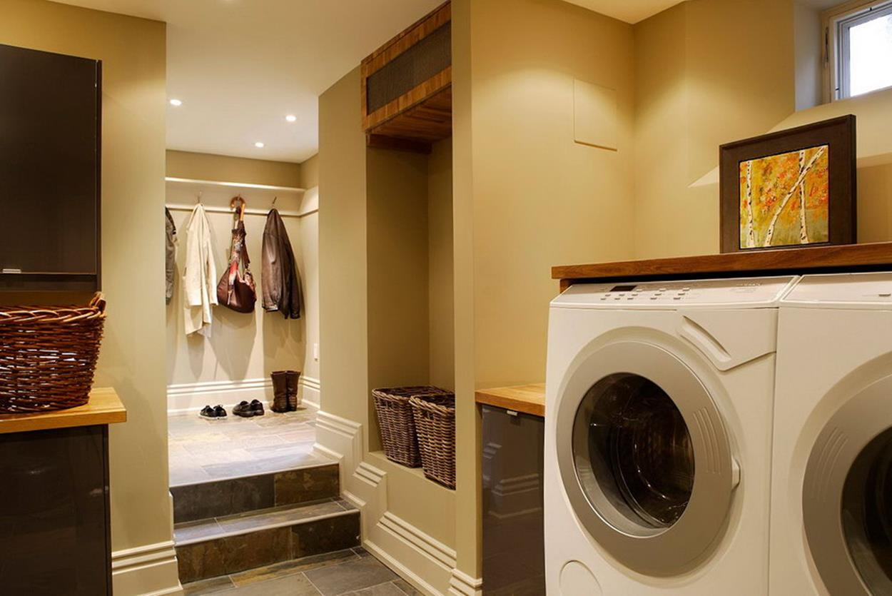 Best Paint Color For Small Laundry Room 31