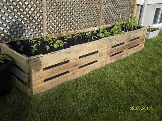 Easy Vegetable Gardening With Pallets 28