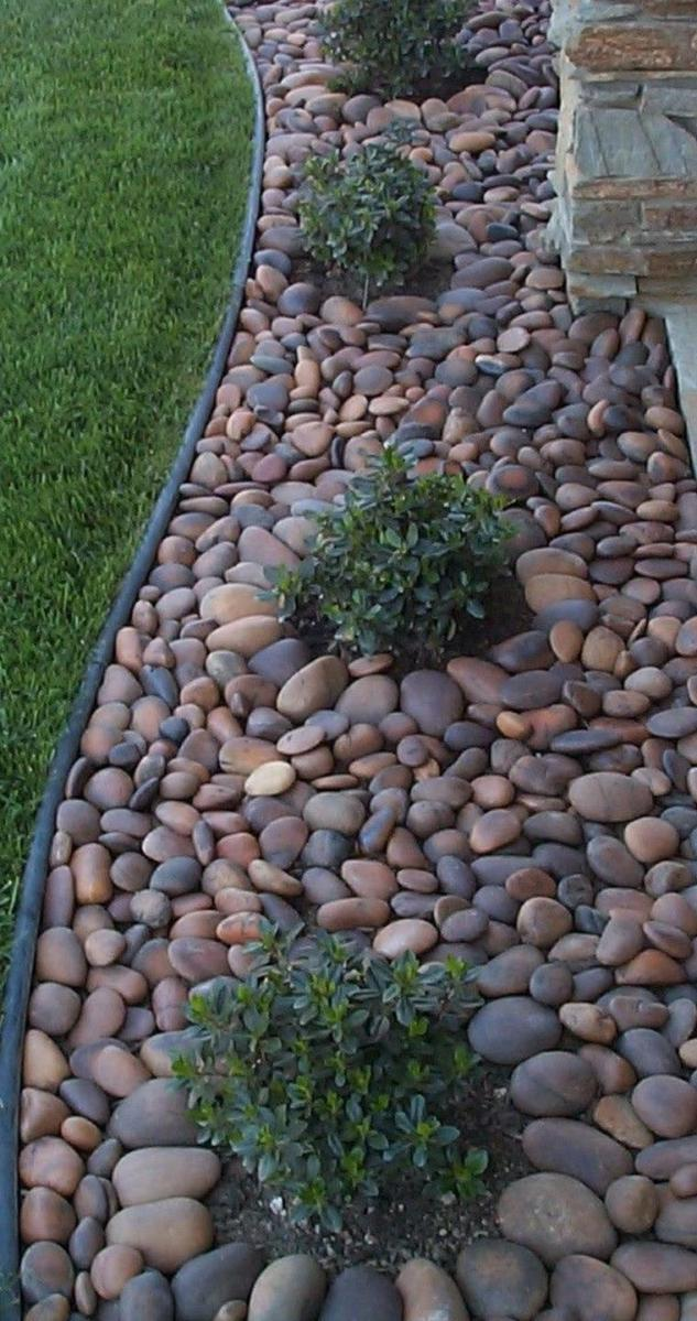 Landscaping Ideas With Rocks And Mulch 13