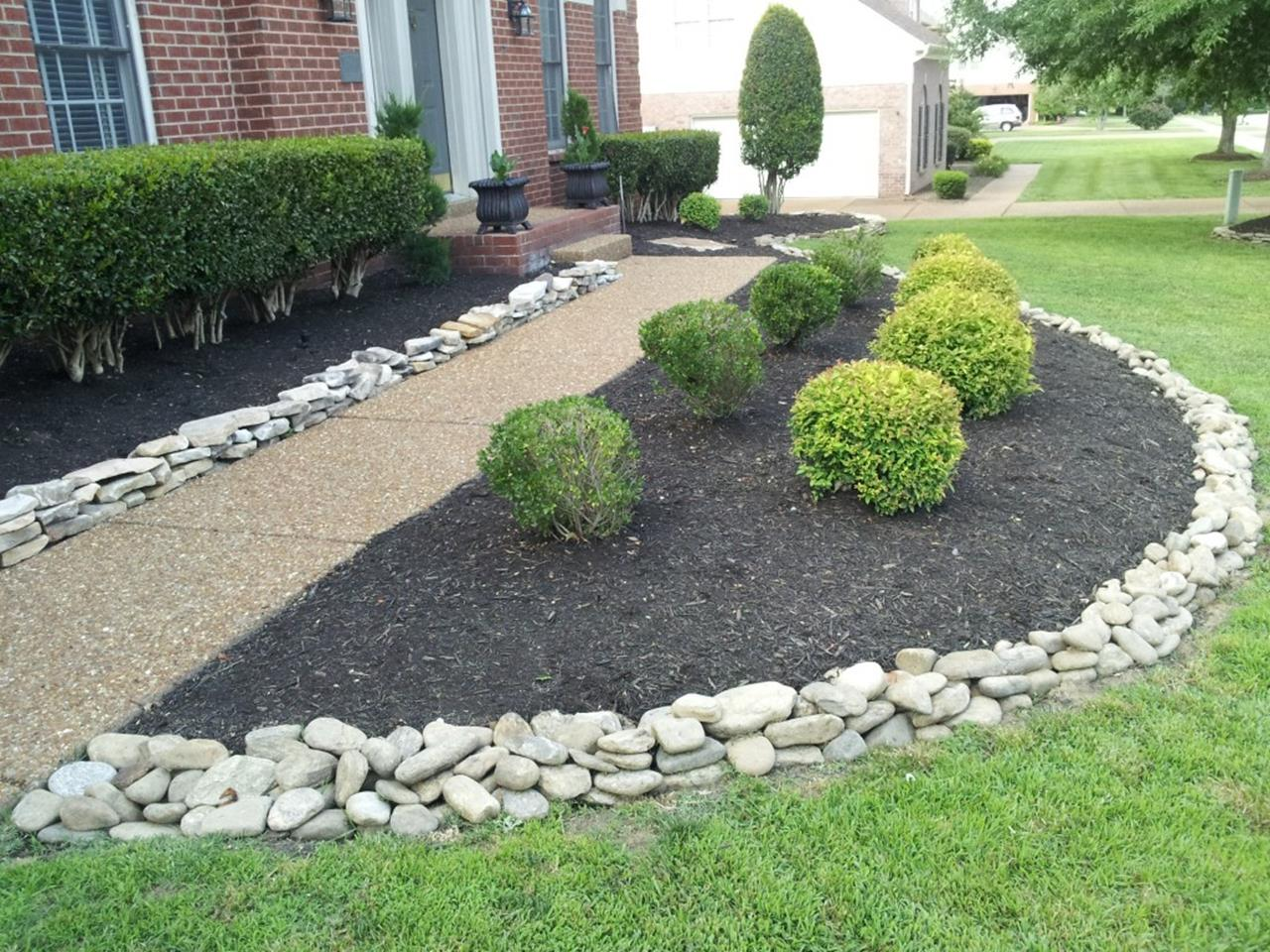 35 Cheap Landscaping Ideas With Rocks And Mulch Gongetech