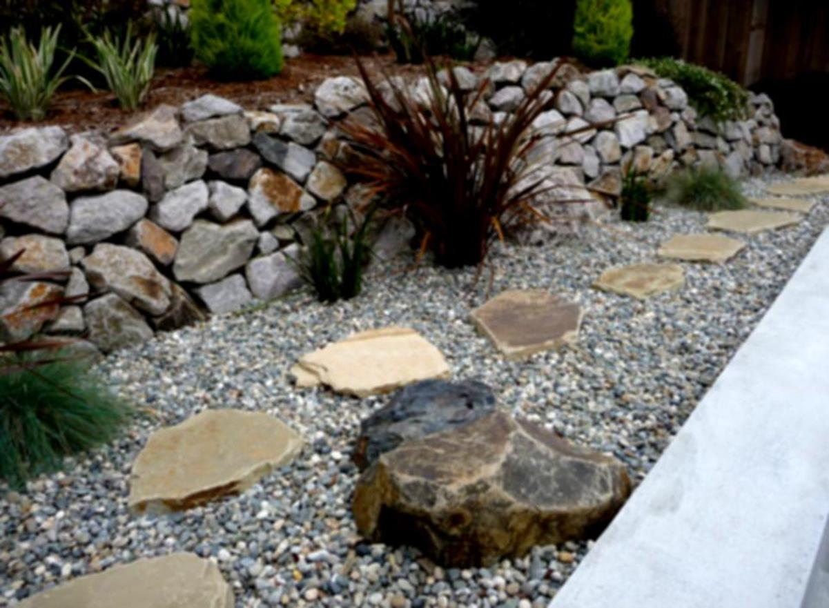 Landscaping Ideas With Rocks And Mulch 5
