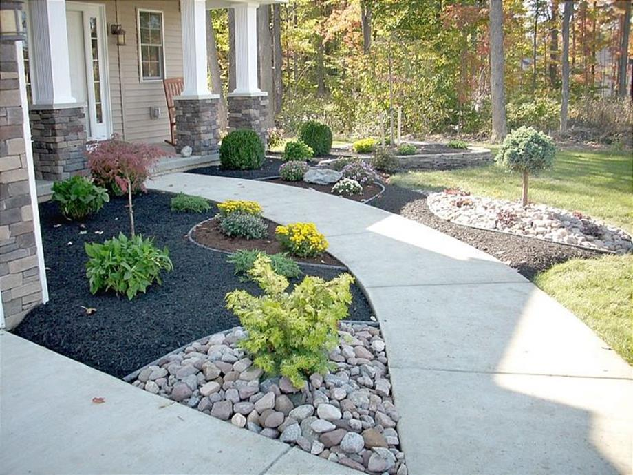 Landscaping Ideas With Rocks And Mulch 9