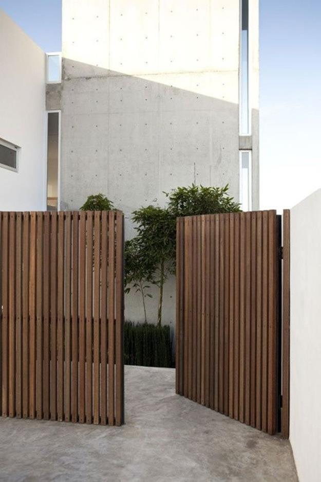 Modern Wood Fence Design Ideas 12