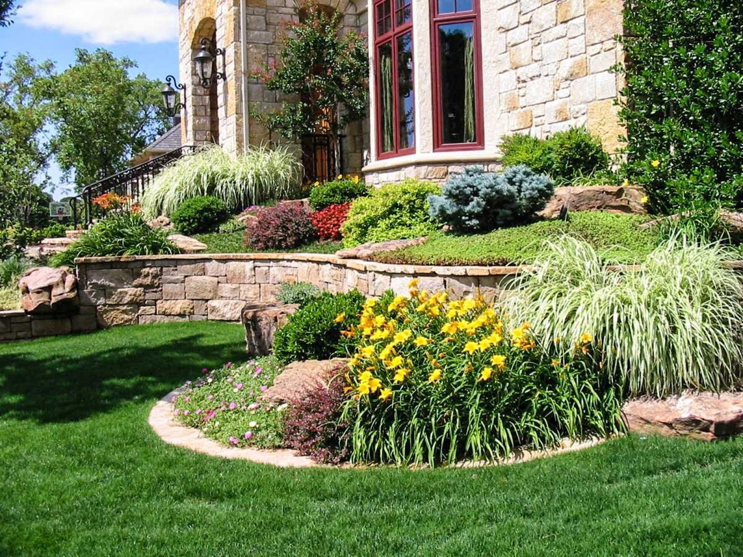 Perfcet Easy Garden Landscaping Design Ideas 29
