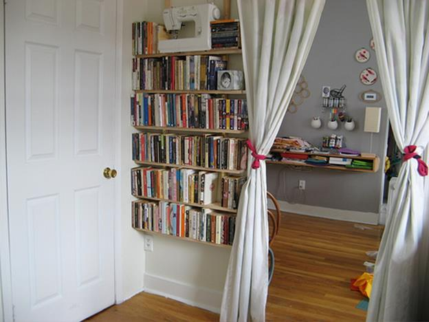 Perfect Bookshelves For Small Spaces and Decor Ideas 19