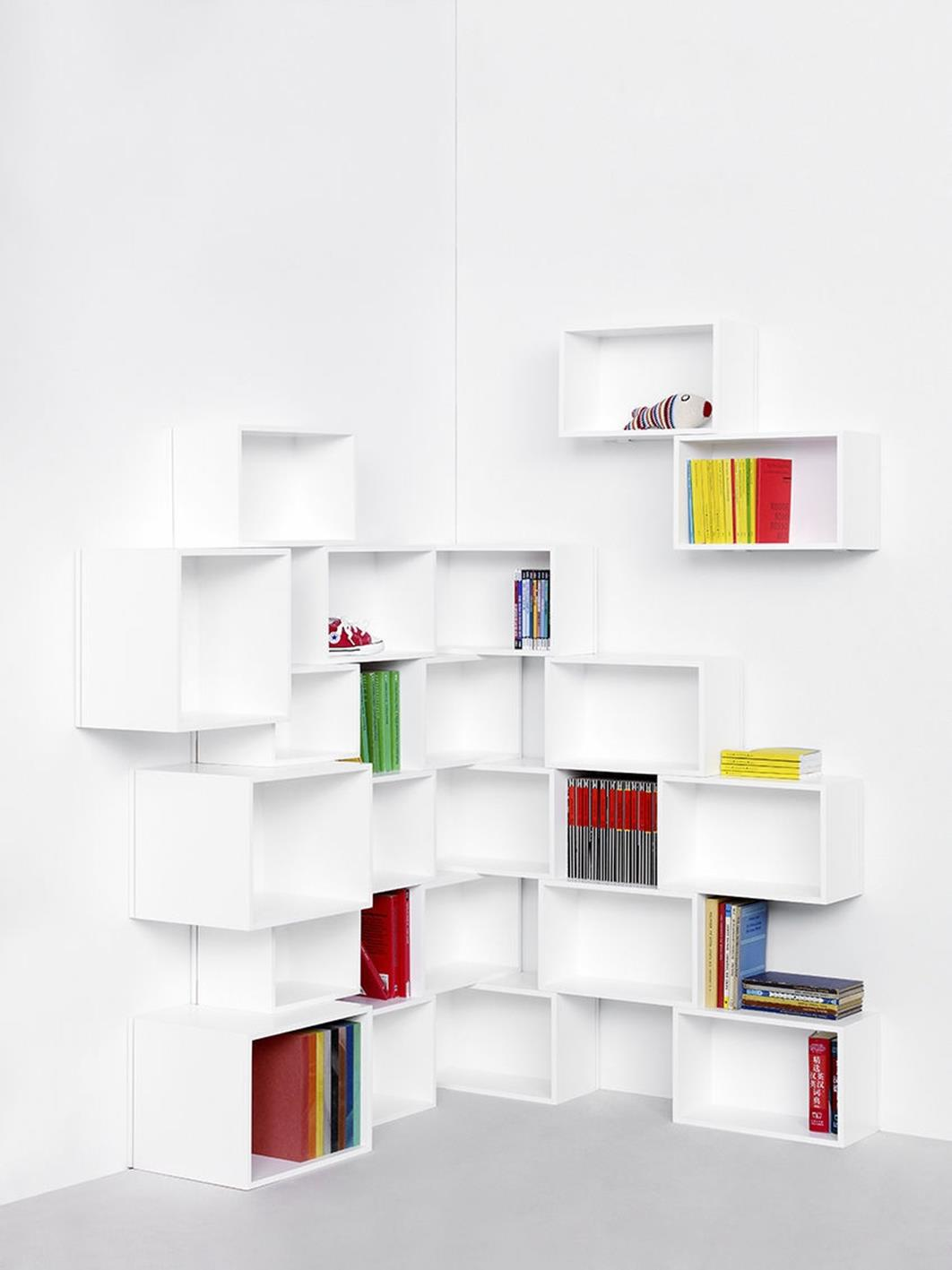Perfect Bookshelves For Small Spaces and Decor Ideas 23