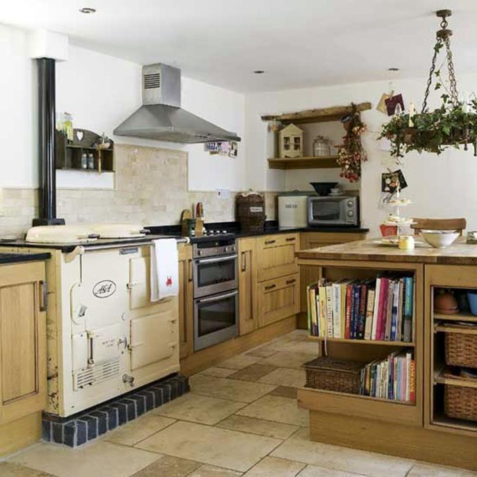 Small Country Kitchens Design and Decor Ideas 28