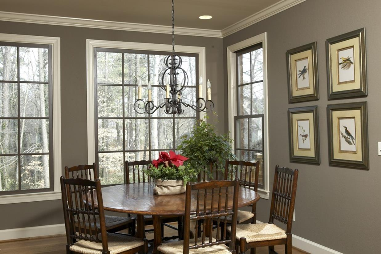 Traditional Farmhouse Interior and Exterior Colors Ideas 16