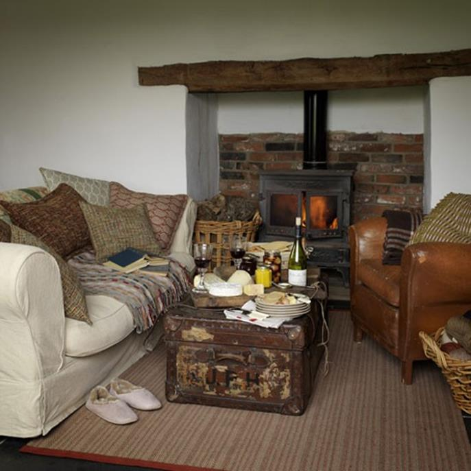 Country Style Living Room Decorating Ideas 32