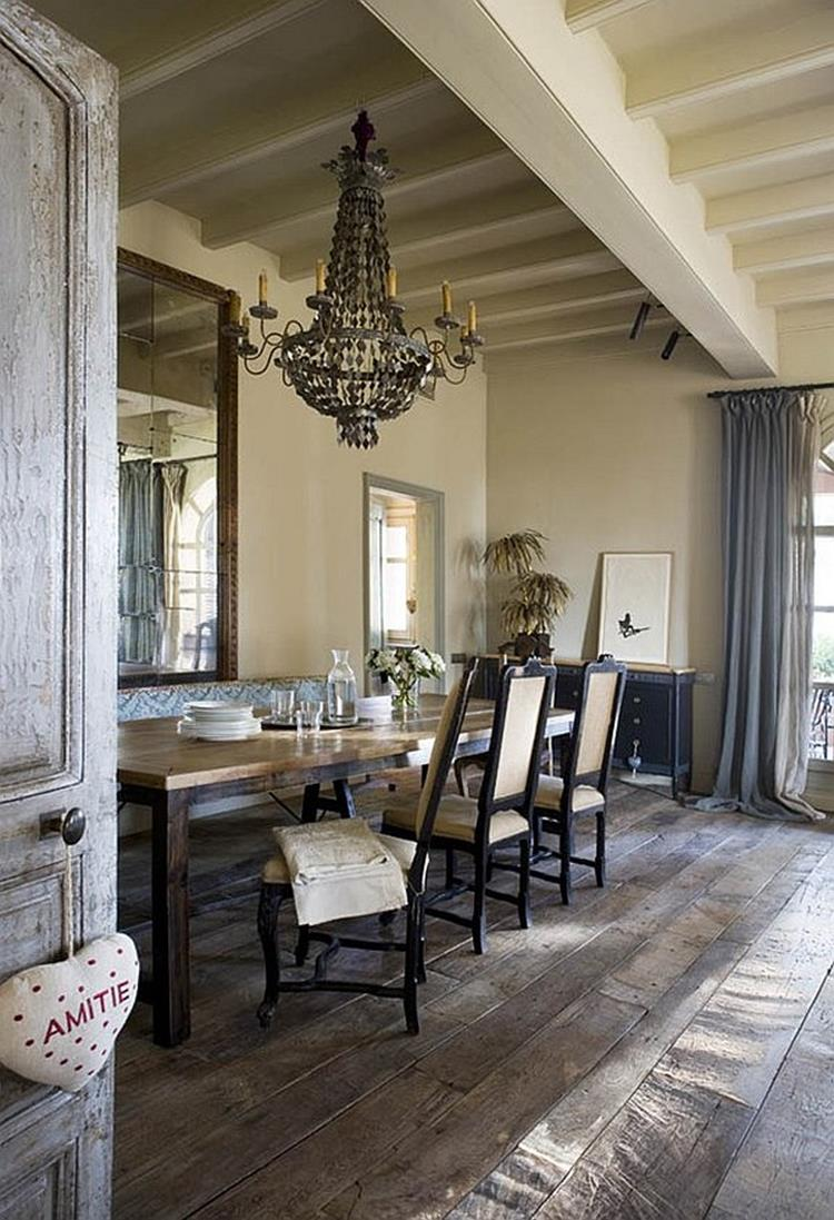 Farmhouse Dining Room Decorating Ideas 40