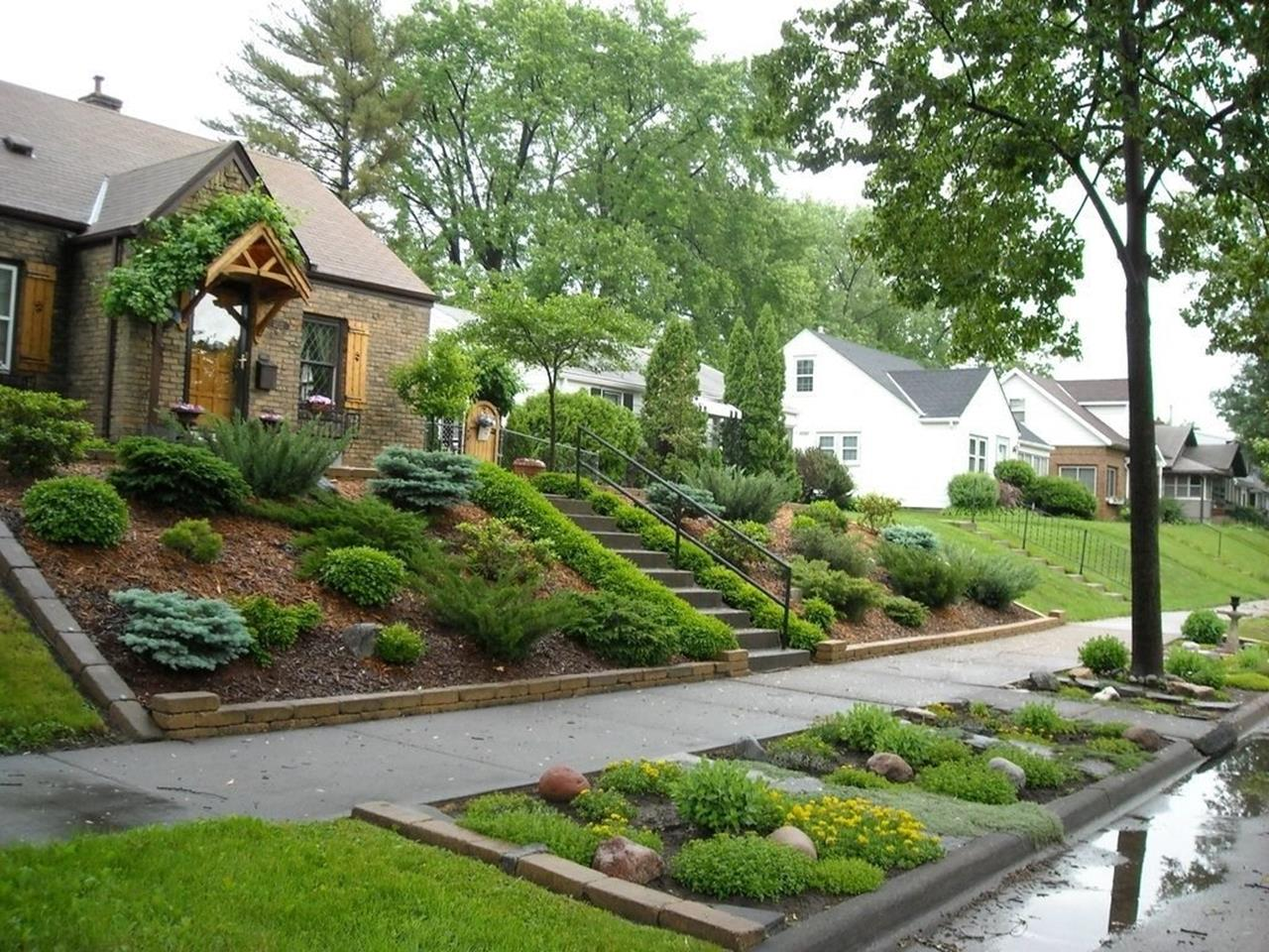 Lakefront Property Landscaping Ideas 16