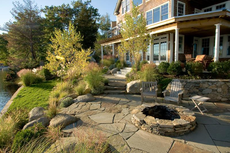 Lakefront Property Landscaping Ideas 9