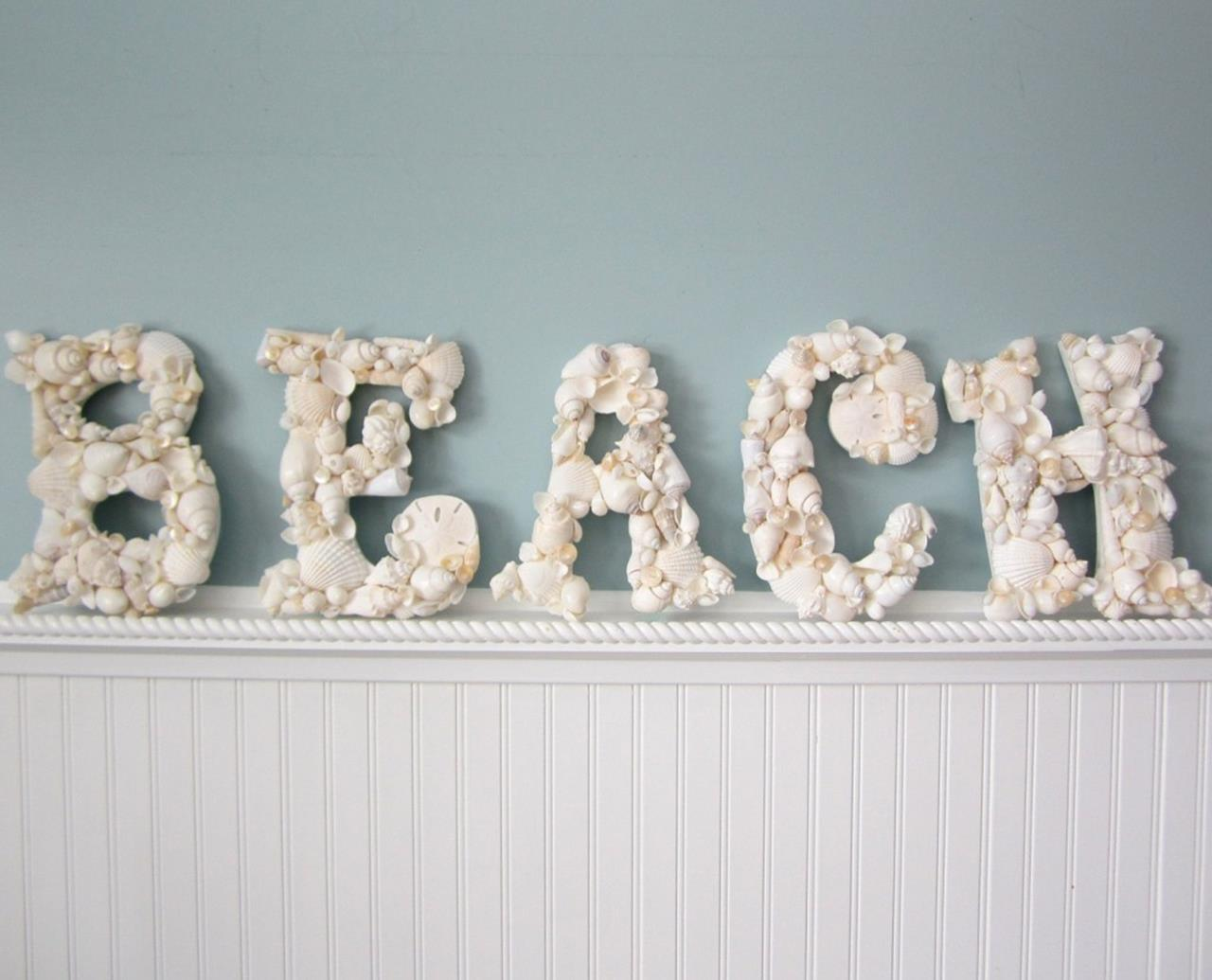 DIY Gorgeous Beach Themed Wall Decorating Ideas 34