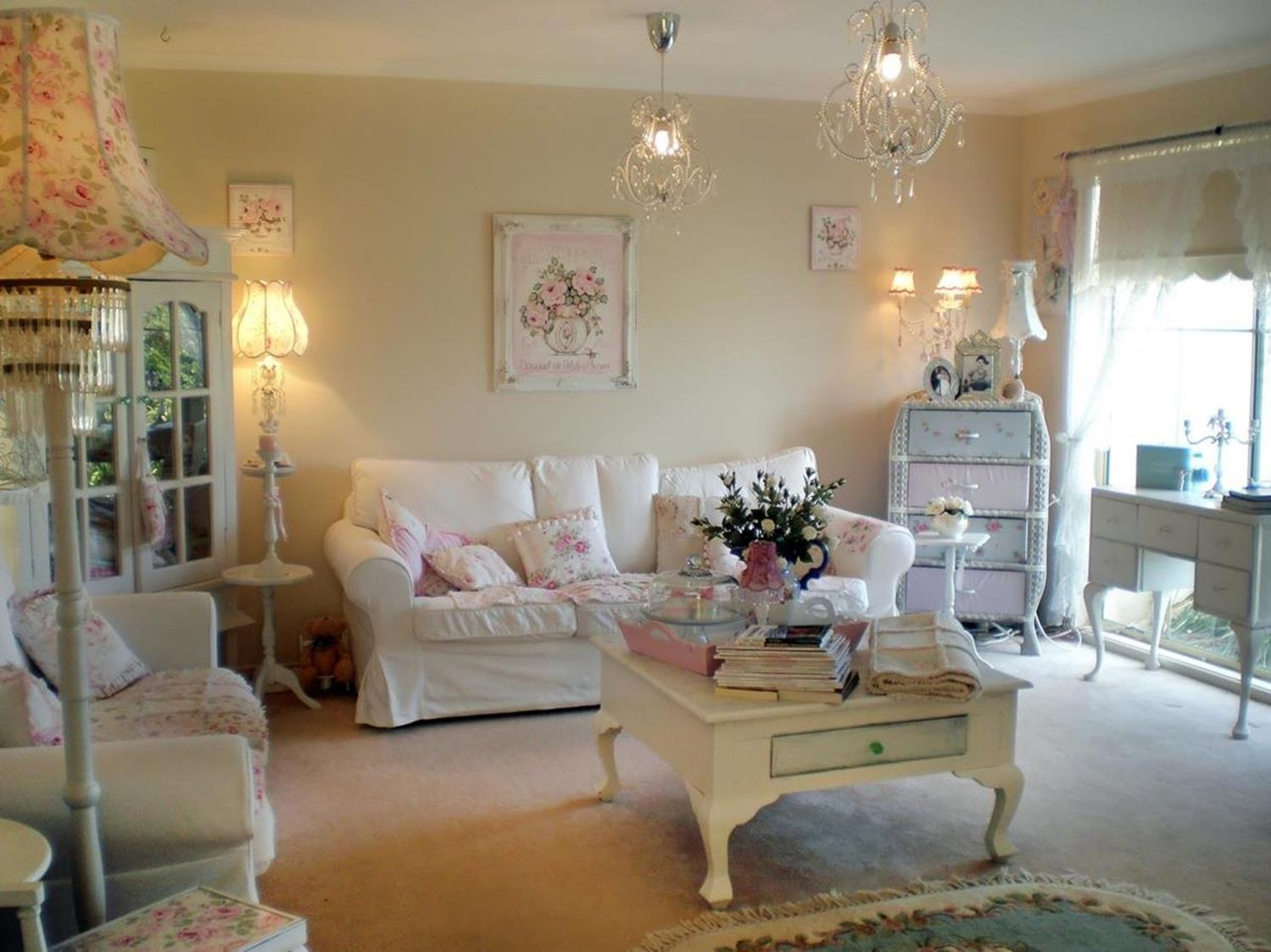 Gorgeous Shabby Chic Apartment Decorating Ideas 26