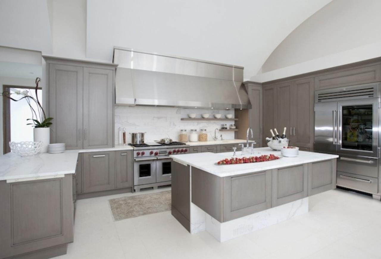Light Grey Kitchen Cabinets Ideas 44