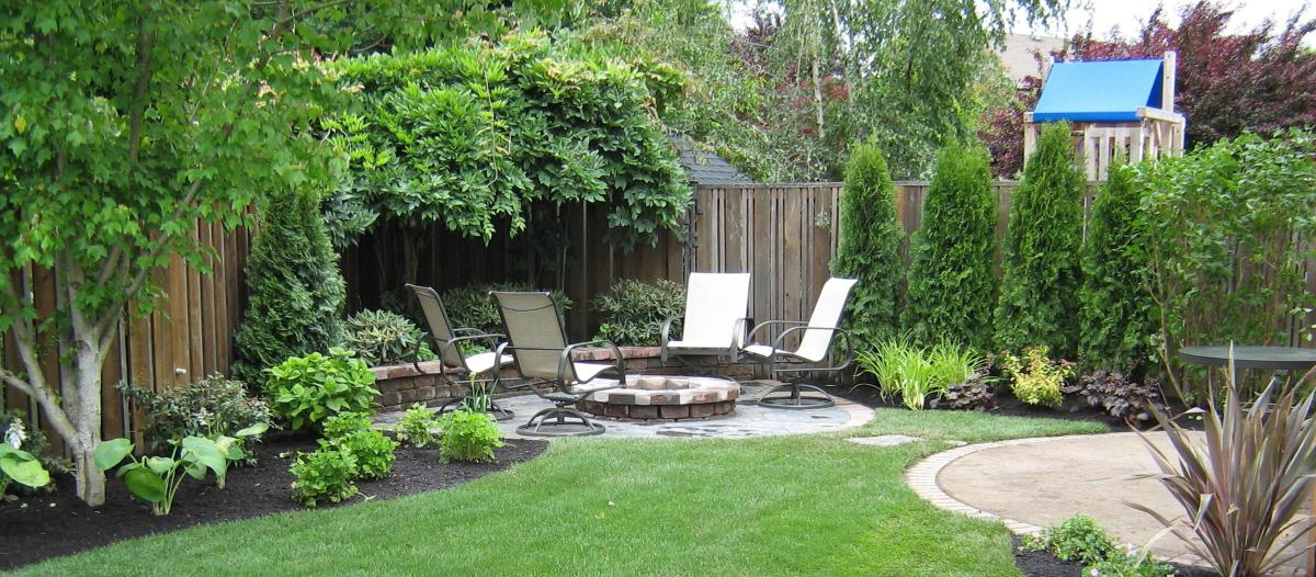Perfect Landscaping Ideas for Small Yards 11