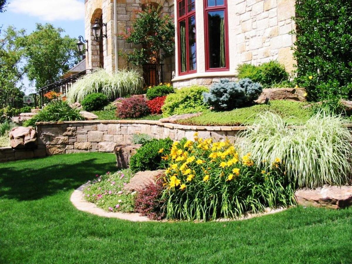 Perfect Landscaping Ideas for Small Yards 14