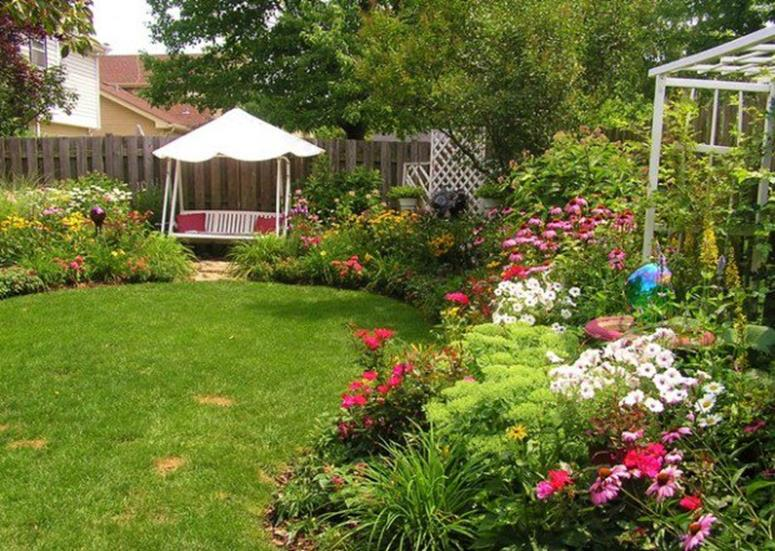 Perfect Landscaping Ideas for Small Yards 2