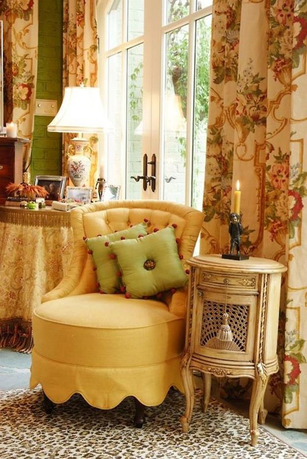 Yellow Cottage Living Room Decorating Ideas 16