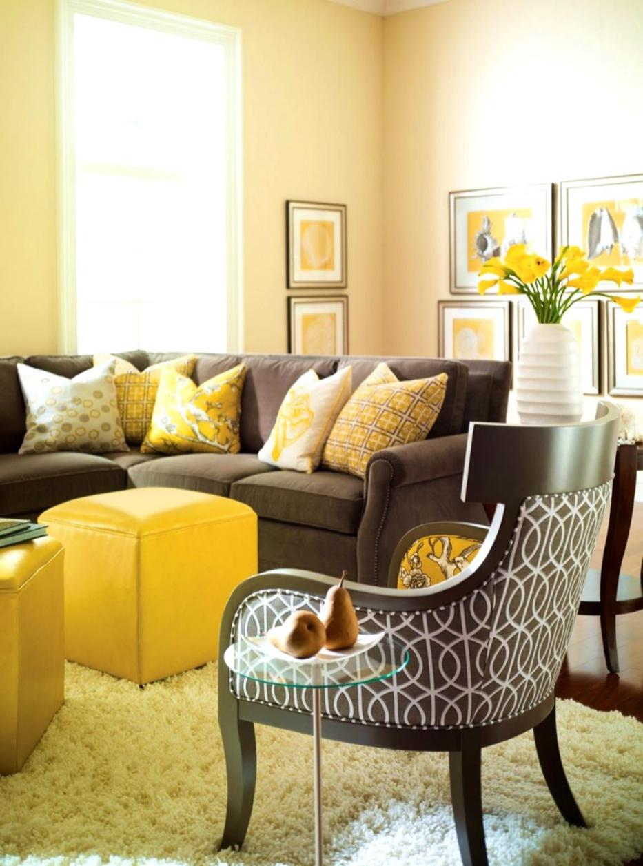 Yellow Cottage Living Room Decorating Ideas 29