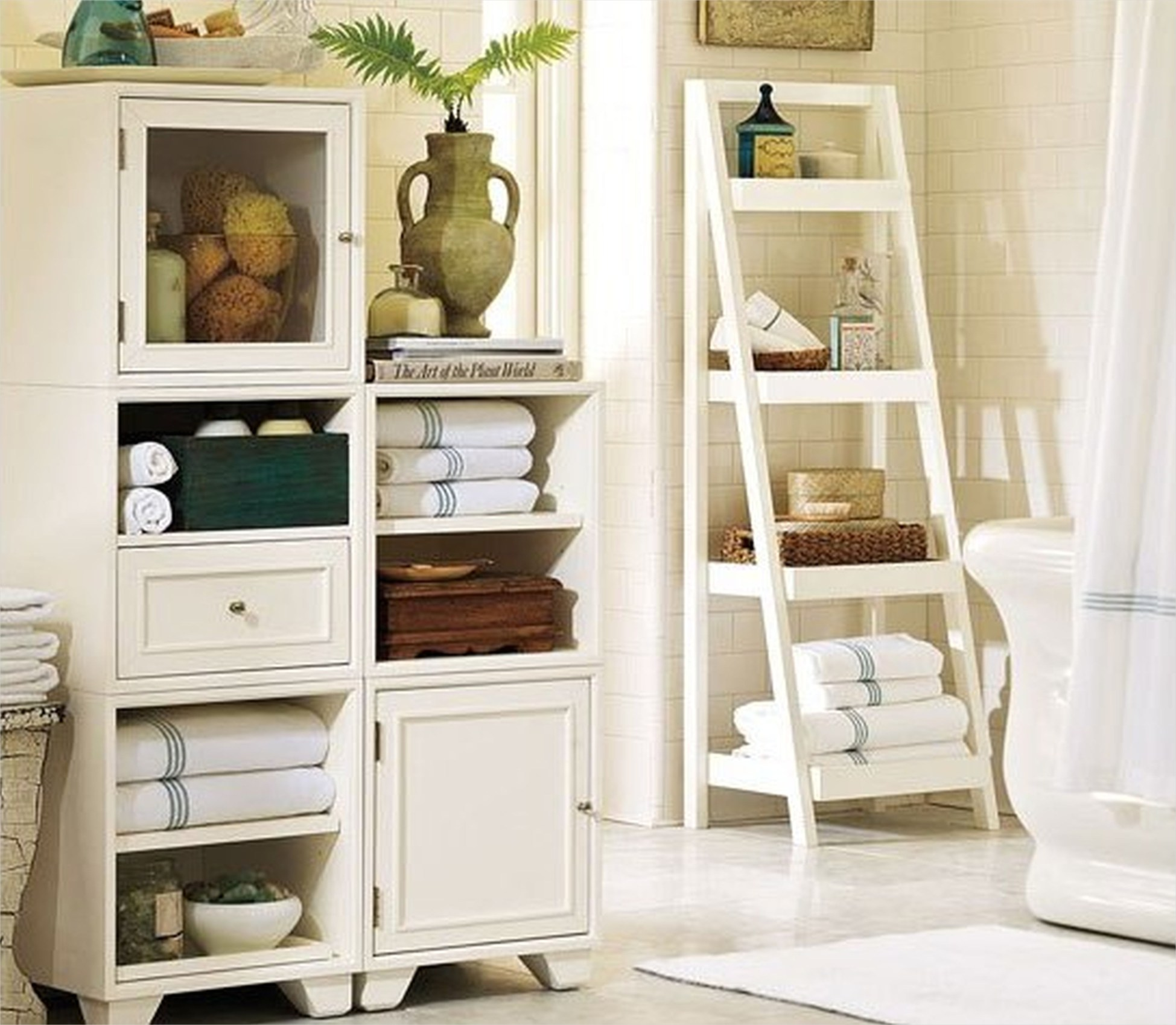 Bathroom Shelves Decorating Ideas 21 Add Glamour with Small Vintage Bathroom Ideas 9