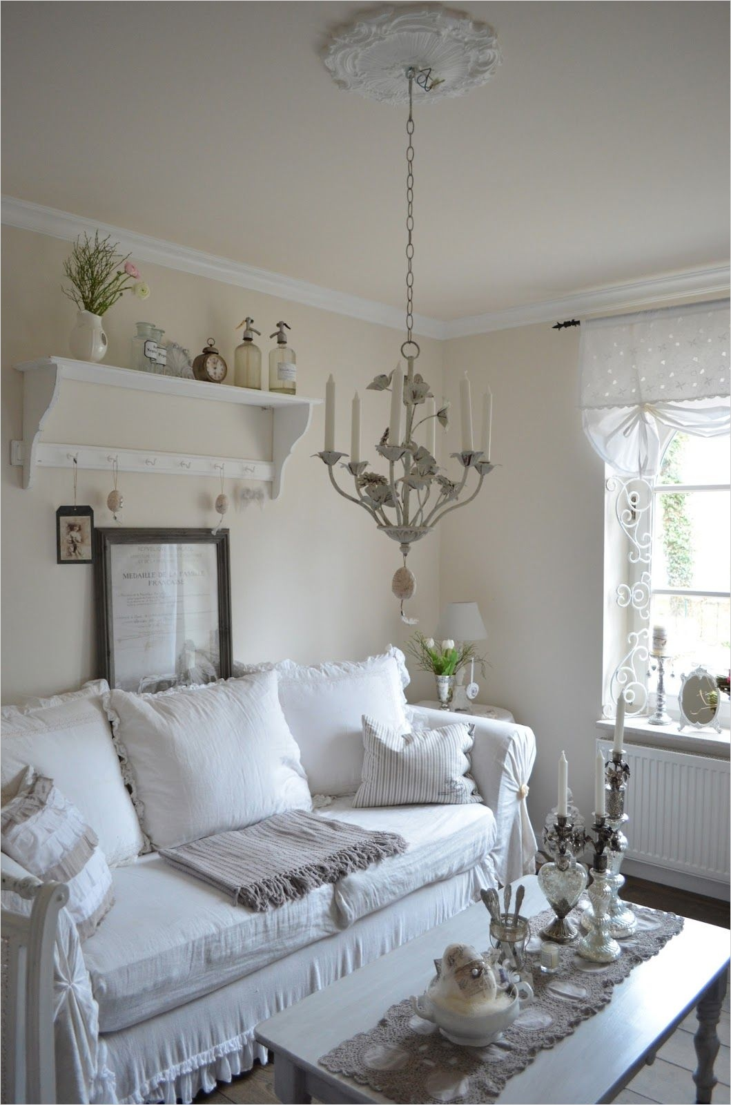 45 Amazing Ideas Country Chic Living Room 86 Living Room White Grey Black Chippy Shabby Chic 5