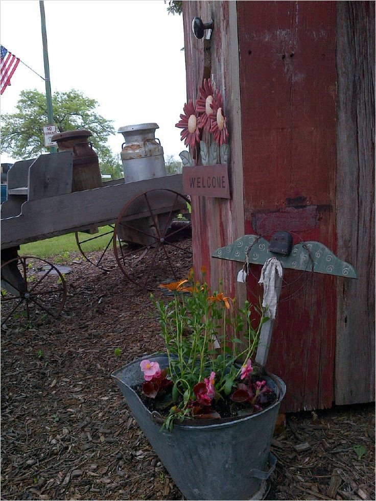 42 Amazing Ideas Country Garden Decor 42 Country Garden Decor I Love to Garden 6