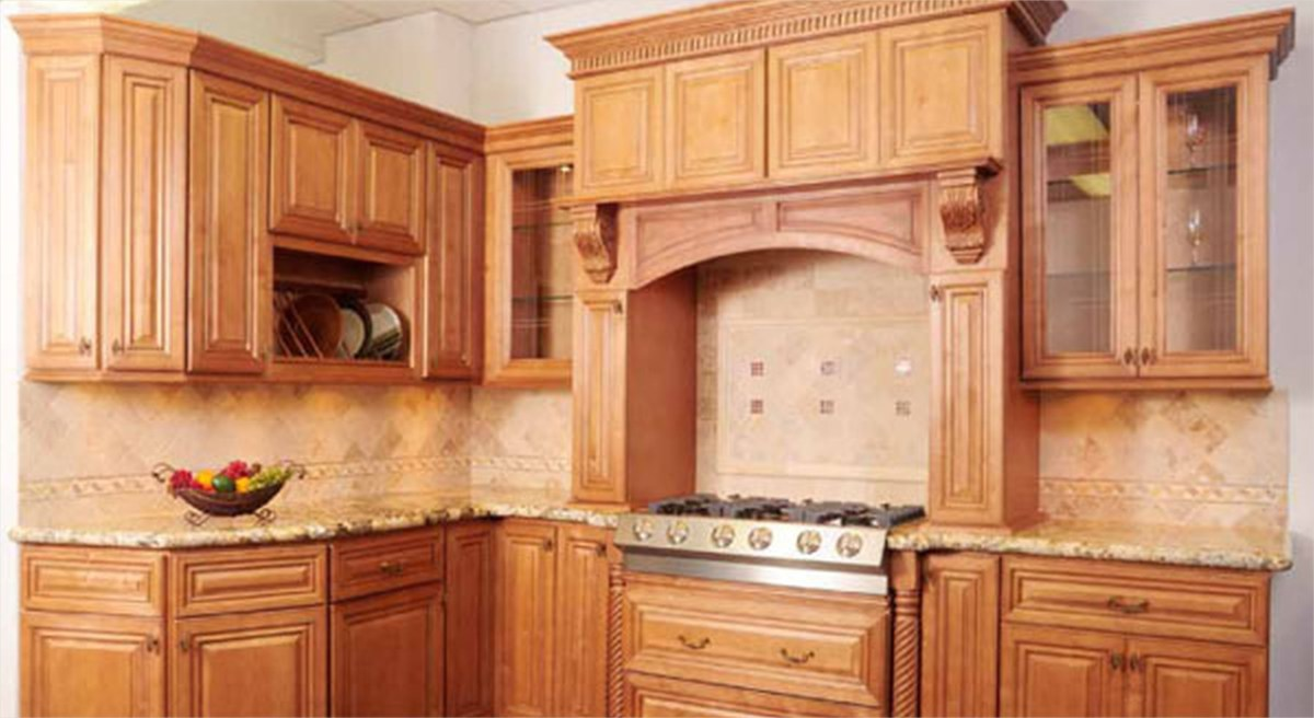 Kitchen with Maple Cabinets Color Ideas 95 Kitchen Kitchen Color Ideas with Maple Cabinets Serving Carts Baking Dishes Table Linens 1