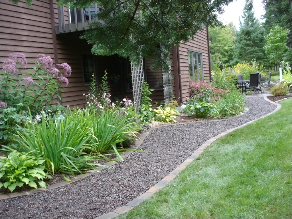 43 Perfect Gravel Landscaping Ideas 59 Stones Edging and Gravel Landscaping Ideas — Jbeedesigns Outdoor 7