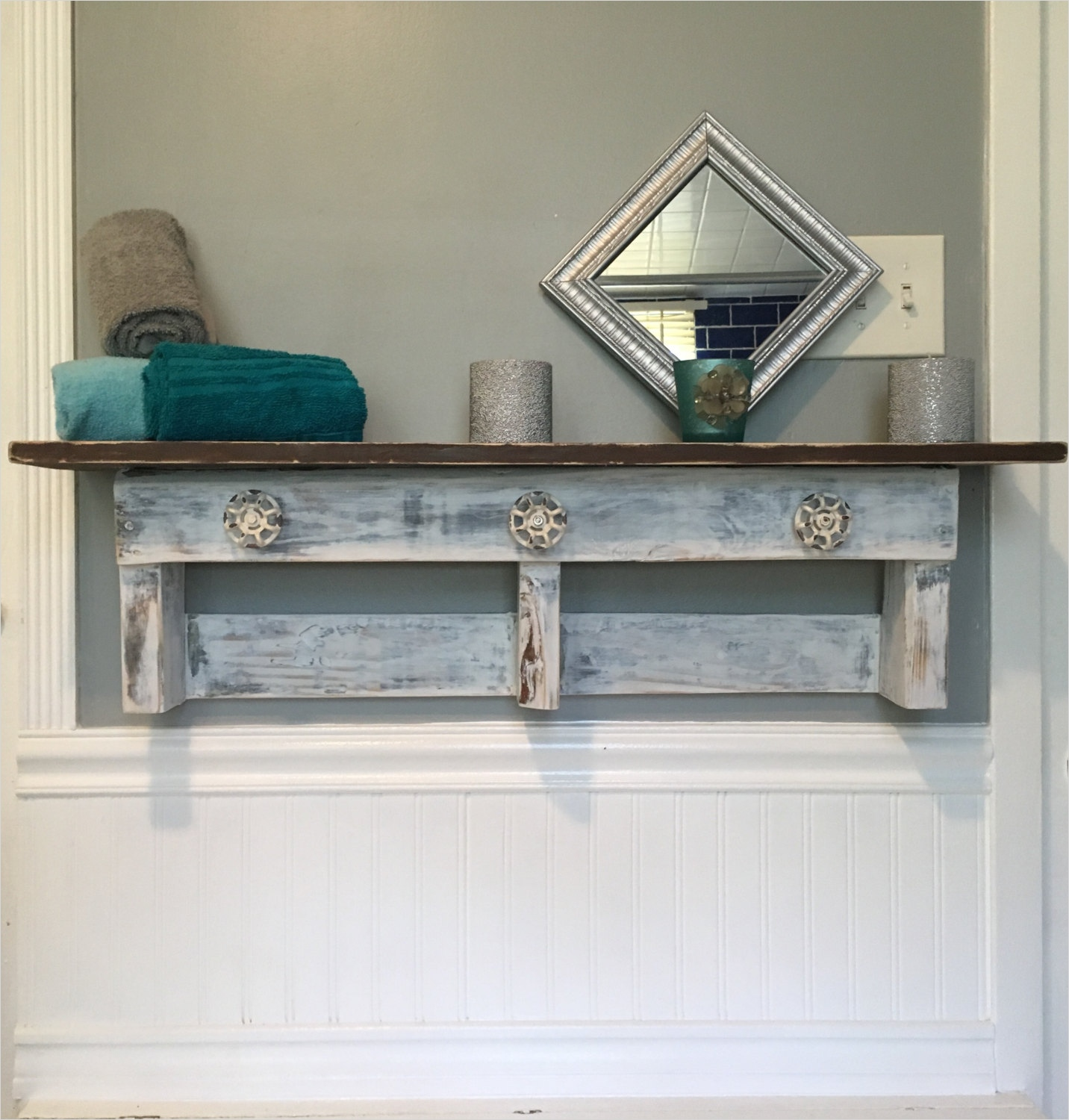 44 Creative Ideas Rustic Bathroom Walls Shelf 73 Handcrafted Farmhouse Bathroom Shelf Rustic Reclaimed Pallet Wood Shelf Bathroom Farmhouse Style 6
