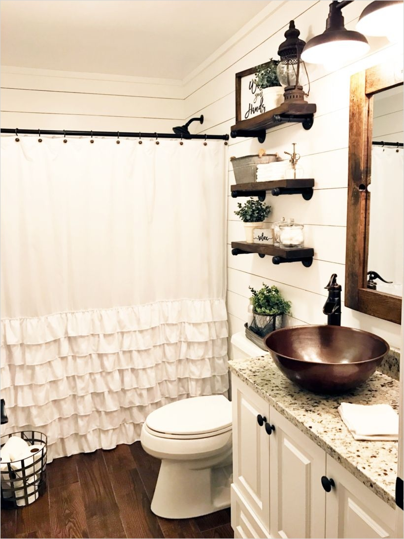 41 Beautiful Farmhouse Bathroom Accessories Ideas 89 55 Farmhouse Bathroom Ideas for Small Space Round Decor 3