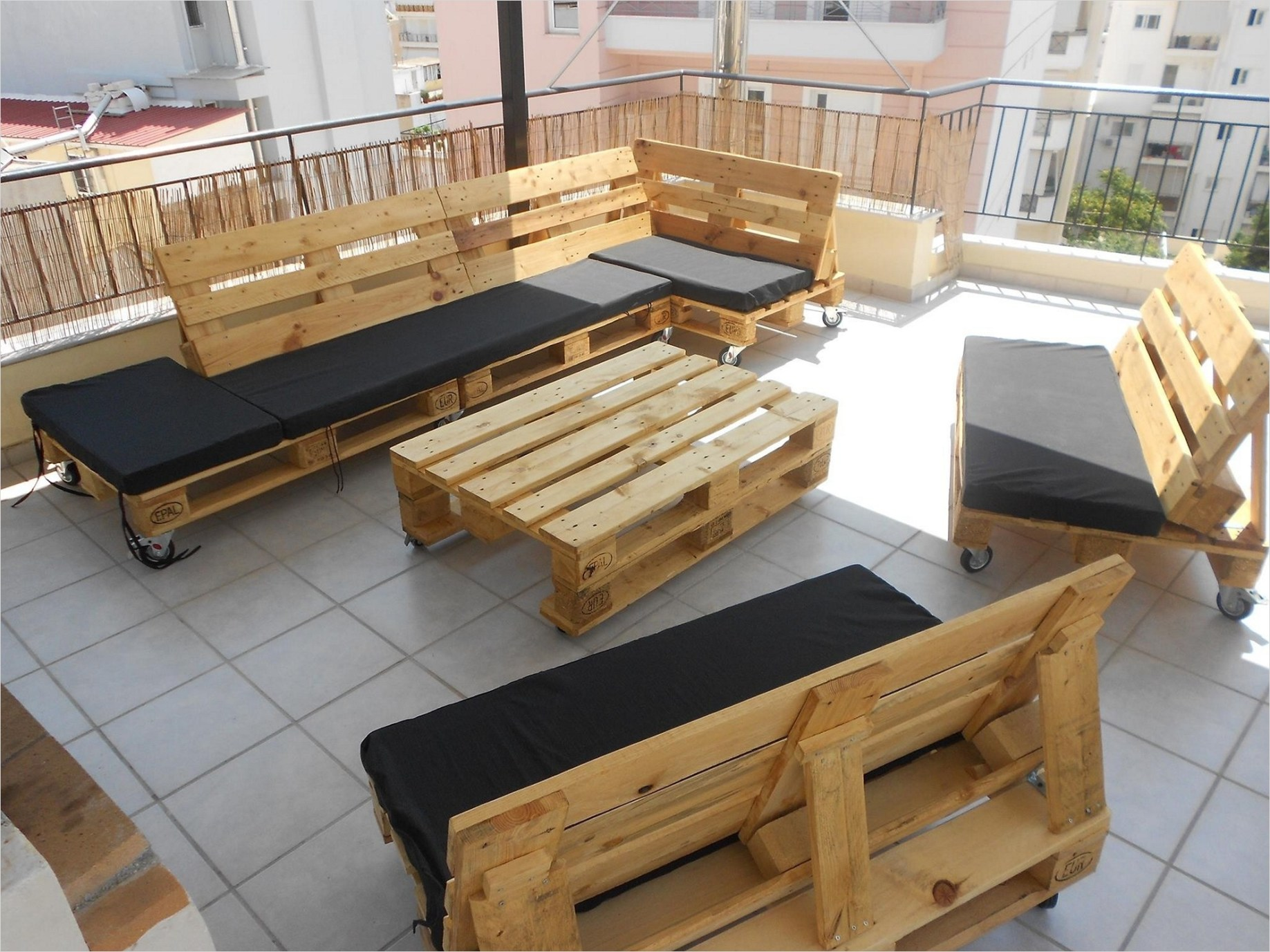 40 Diy Ideas Outdoor Furniture Made From Pallets 35 Diy Pallet Couch Tips and Tricks to Make It More fortable 4