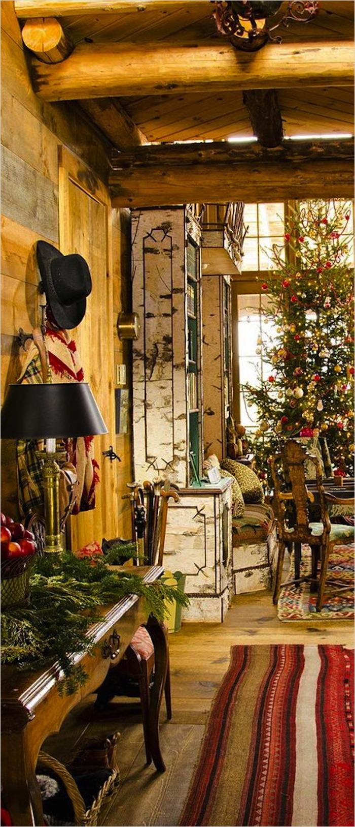 41 Amazing Country Christmas Decorating Ideas 13 10 Country Christmas Decorating Ideas 4