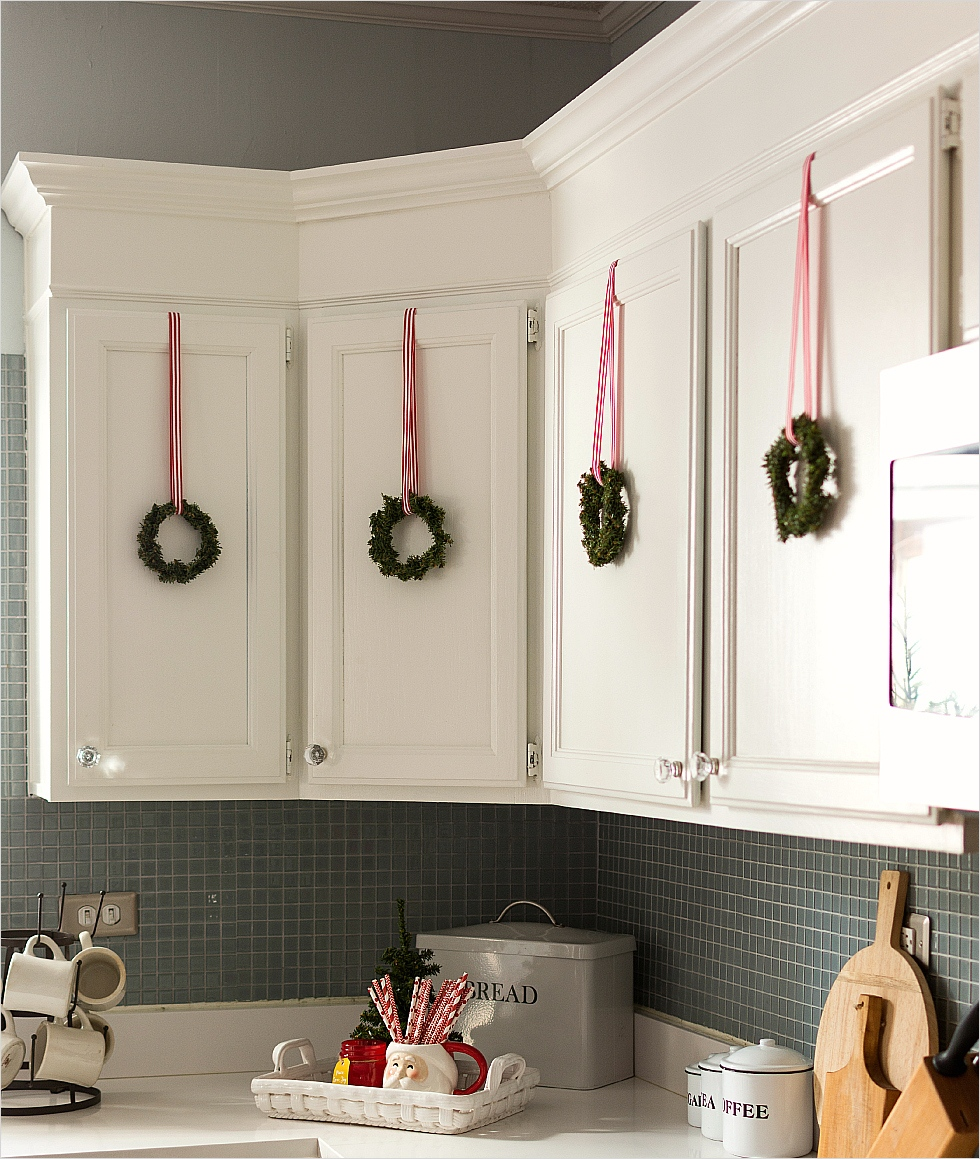 42 Awesome Kitchen Christmas Decorating Ideas 56 Christmas In the Kitchen 7