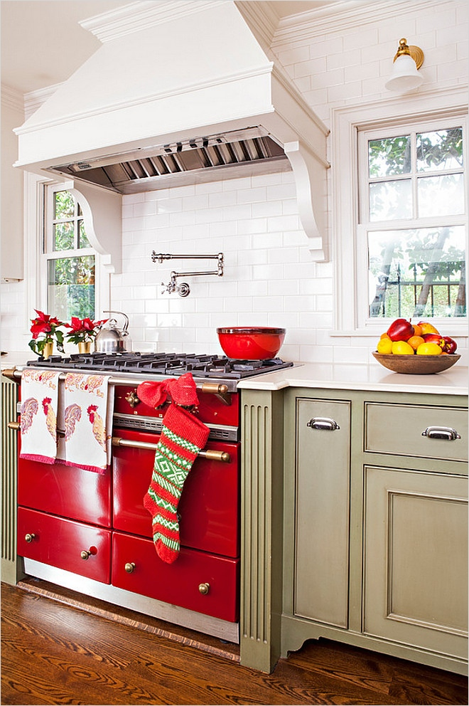 42 Awesome Kitchen Christmas Decorating Ideas 72 23 Ways to Decorate Your Kitchen for the Holidays 4
