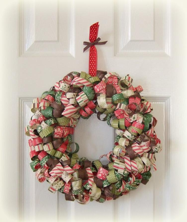 Best 40 DIY Christmas Wreath Ideas 1