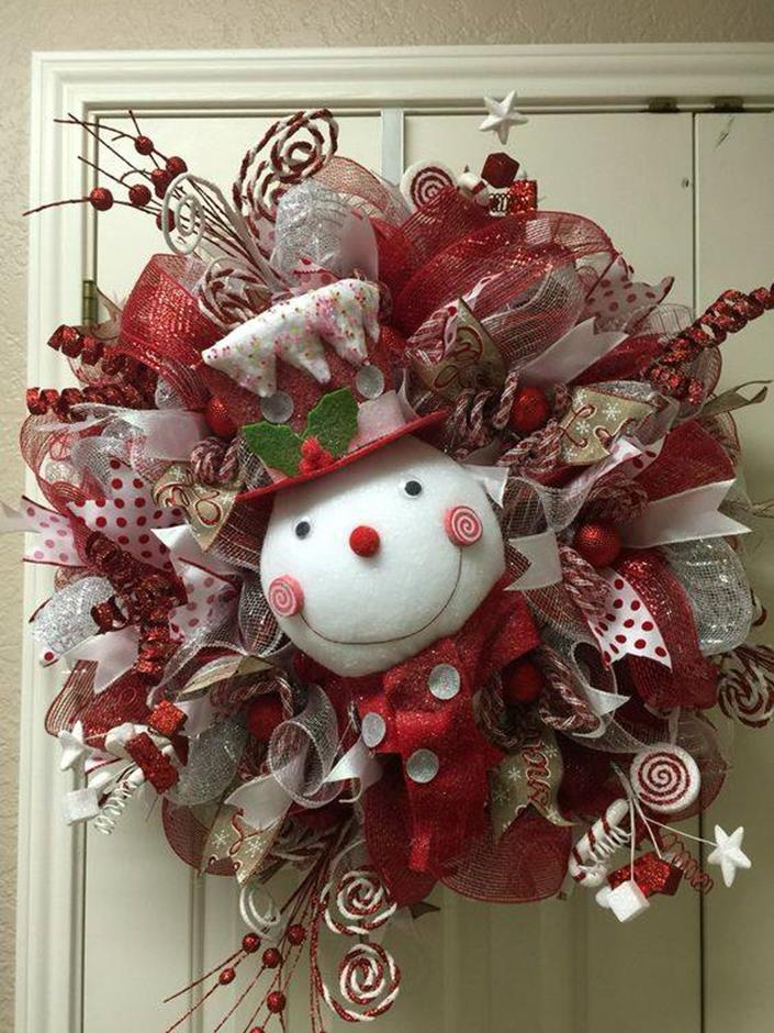 Best 40 DIY Christmas Wreath Ideas 39