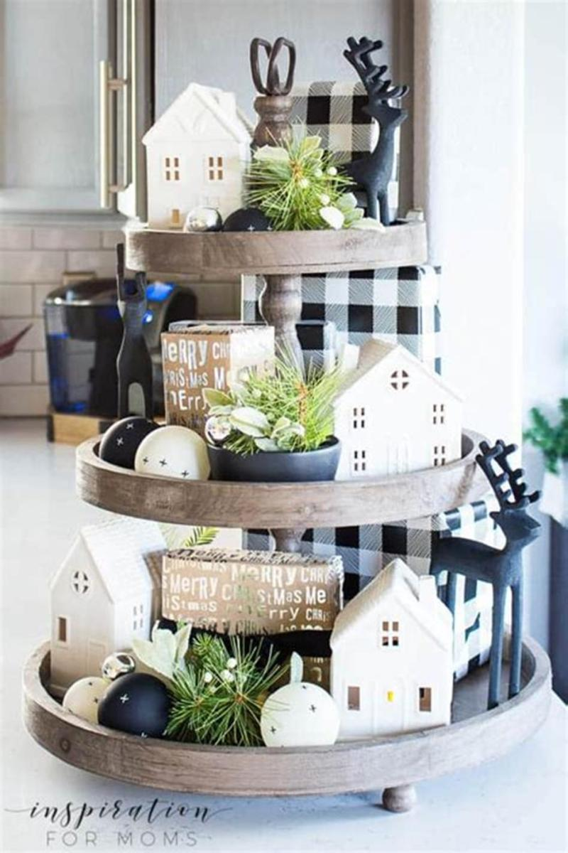 40 Beautiful Farmhouse Style Tray Decor Ideas 1