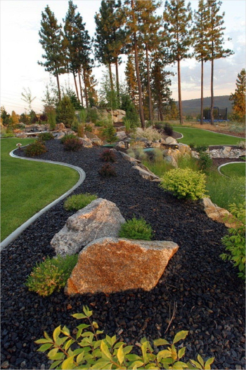35 Perfect Front Yard Landscaping Ideas with Rocks 24