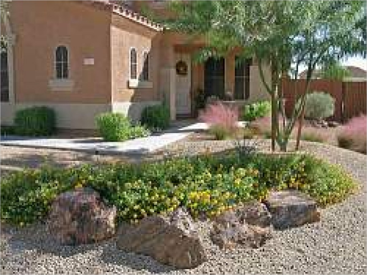 35 Perfect Front Yard Landscaping Ideas with Rocks 77