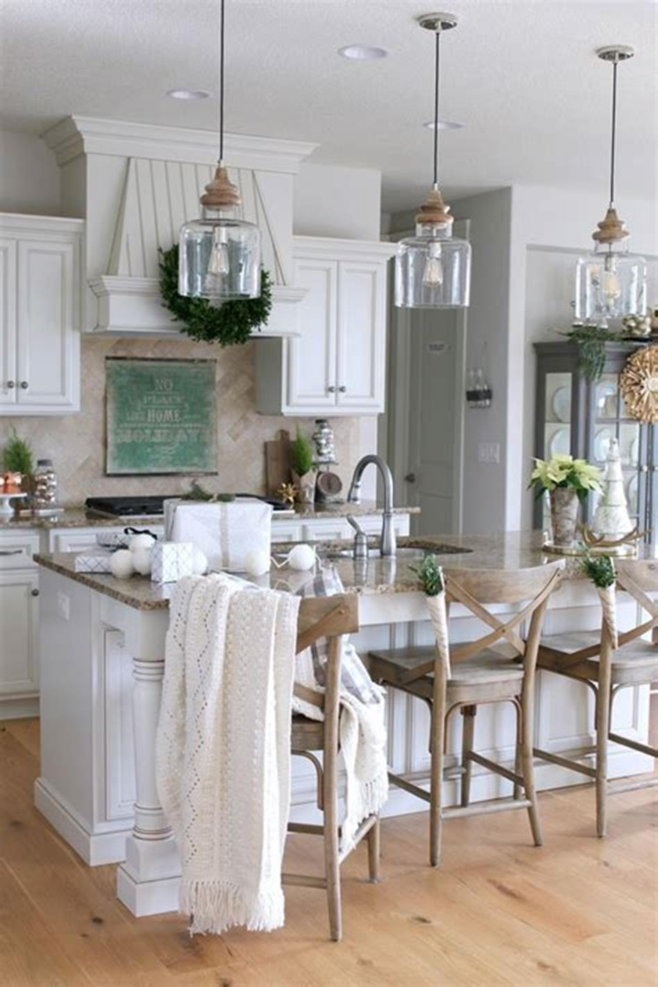 50 Inspiring Farmhouse Style Kitchen Lighting Fixtures Ideas 41