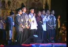 Video Kenangan – Panggung Gembira Gontor 2002 – Moralist Team
