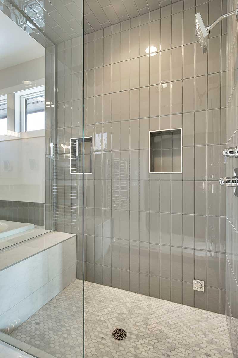 luxury baths gonyea custom homes