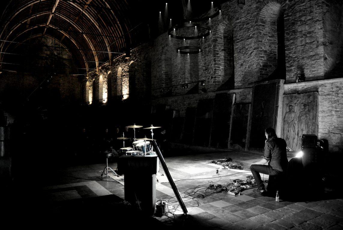 Asthoreth in de Sint-Baafsabdij in Gent tijdens het 24 hours Deep Listening Festival van Consouling Sounds