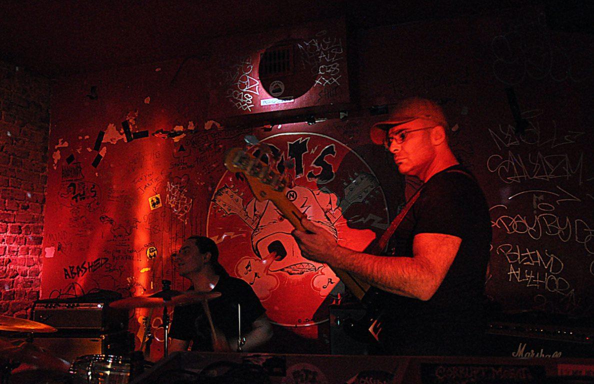 Arno De Cea & The Clockwork Wizards in De Pit's in Kortrijk