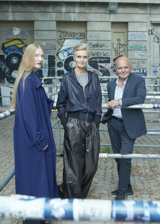 Juliet Kothe, Karen Boros, Christian Boros, Organisatoren der Ausstellung STUDIO BERLIN Foto: Max von Gumpenberg