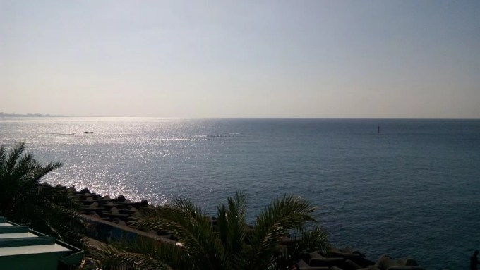 The sea scenery seen from the cafe